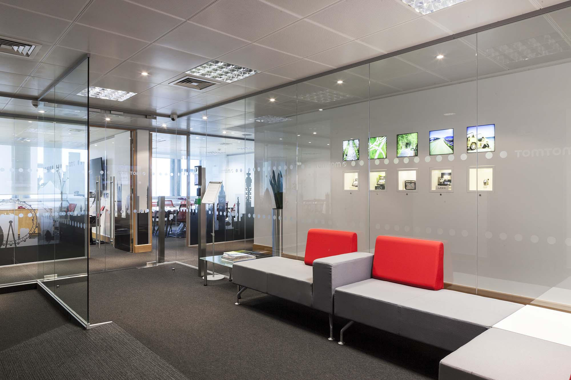 TomTom Reception
