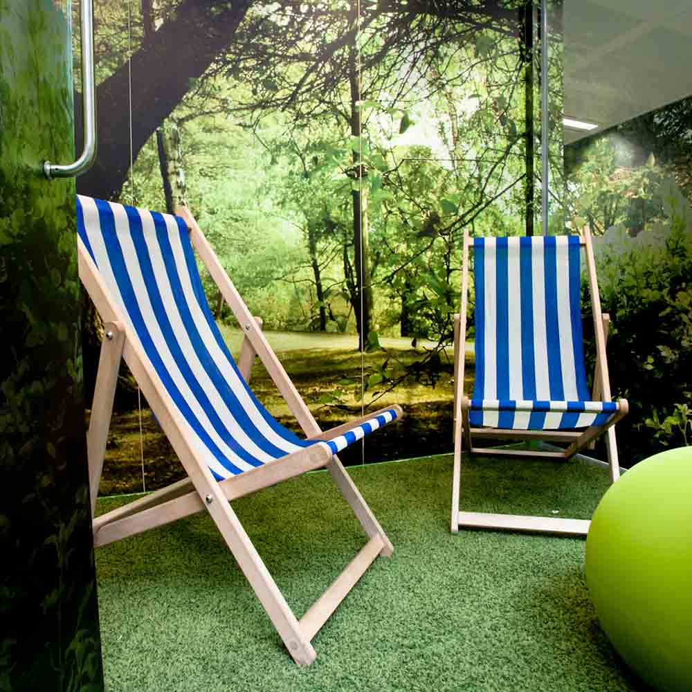 Google Deckchair Meeting Room
