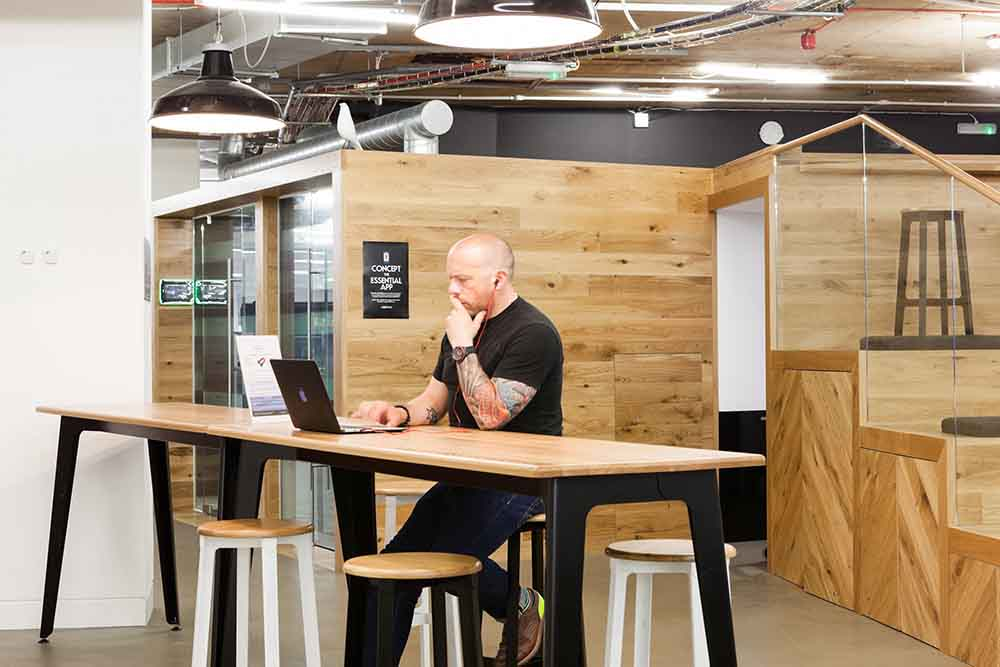 Essence Digital Flexible Workspace