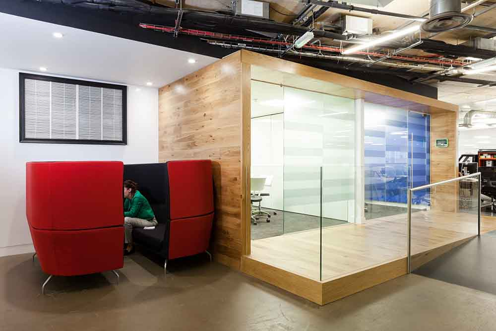 Essence Digital Meeting Rooms