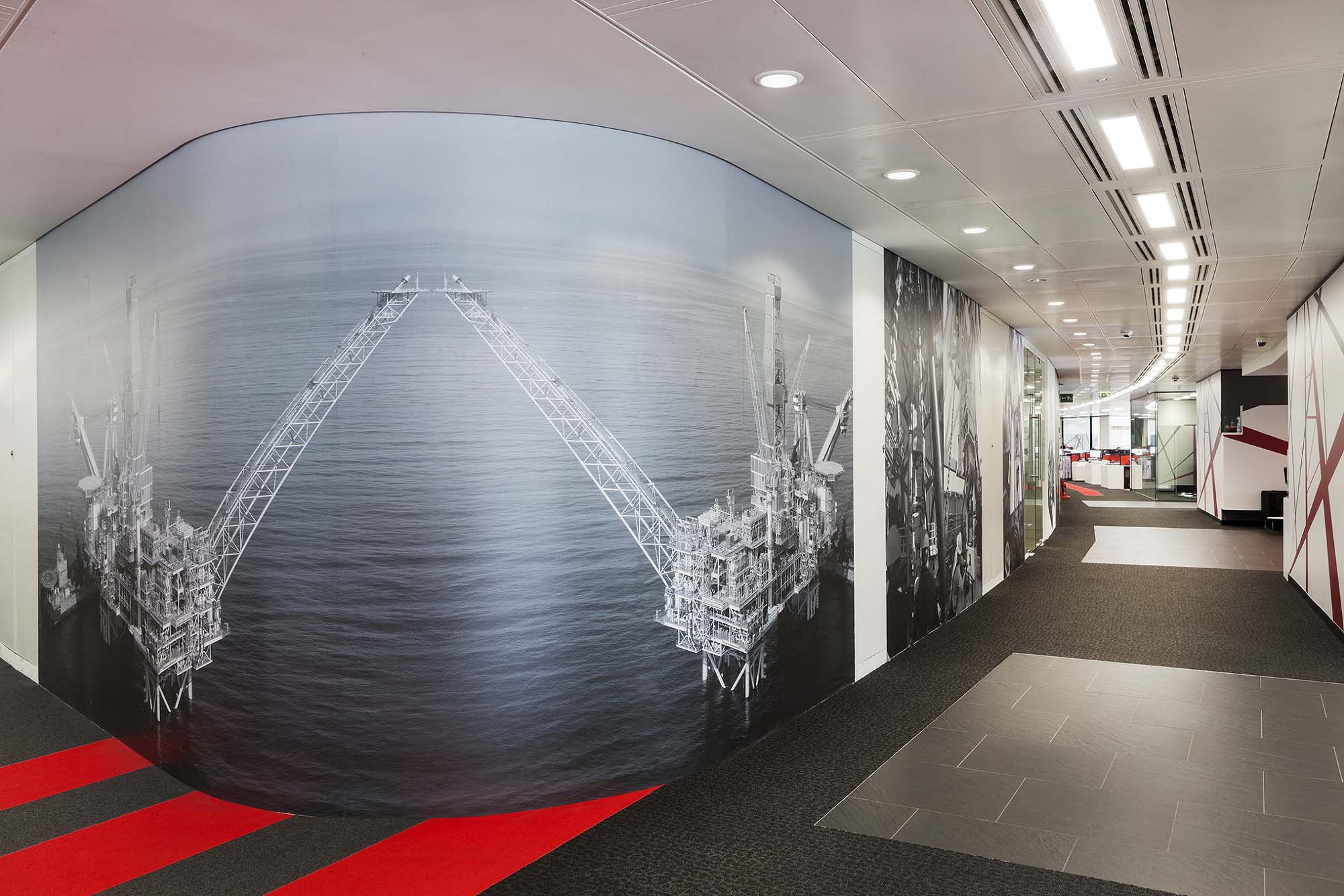 1 London Wall graphics