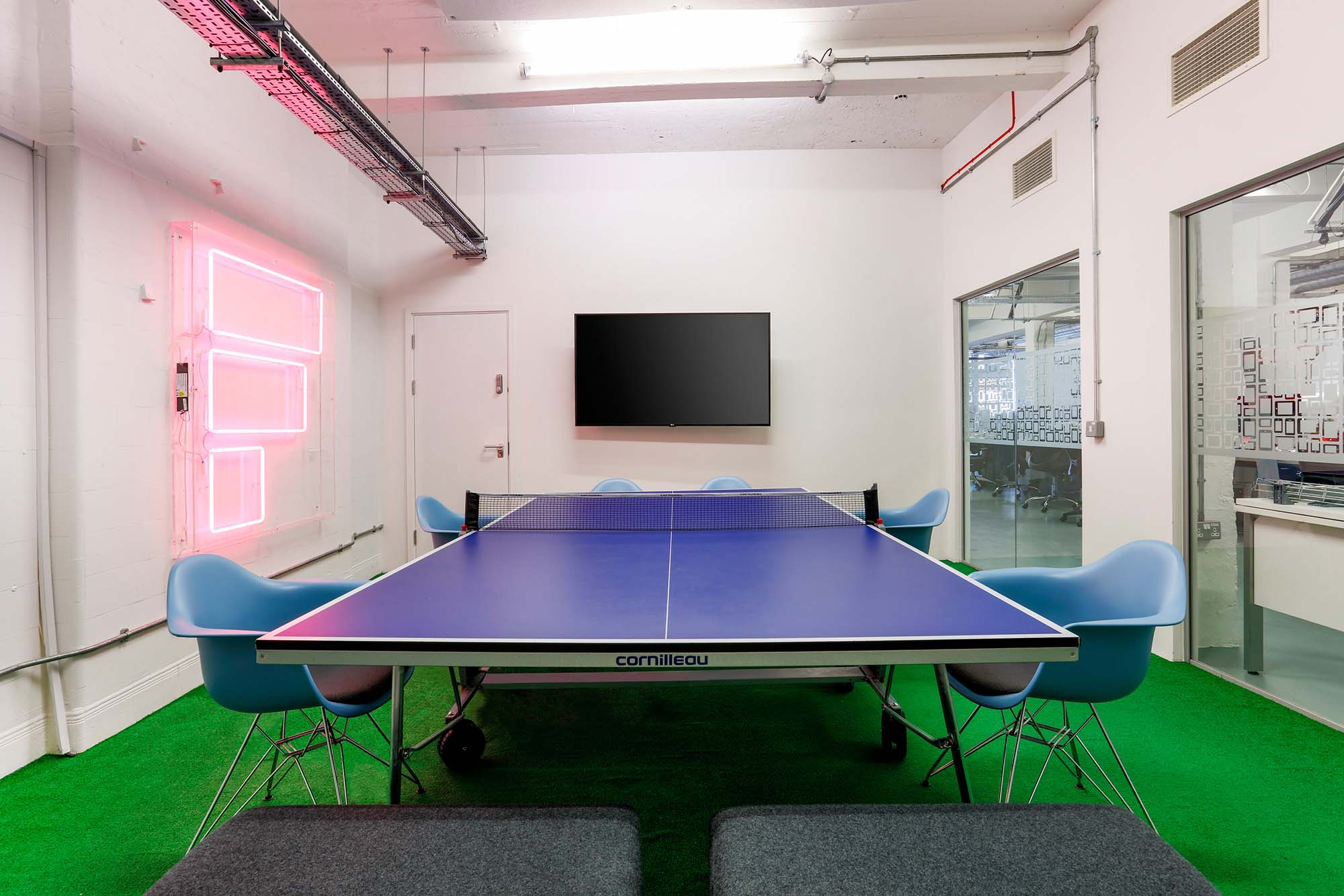 table tennis meeting room