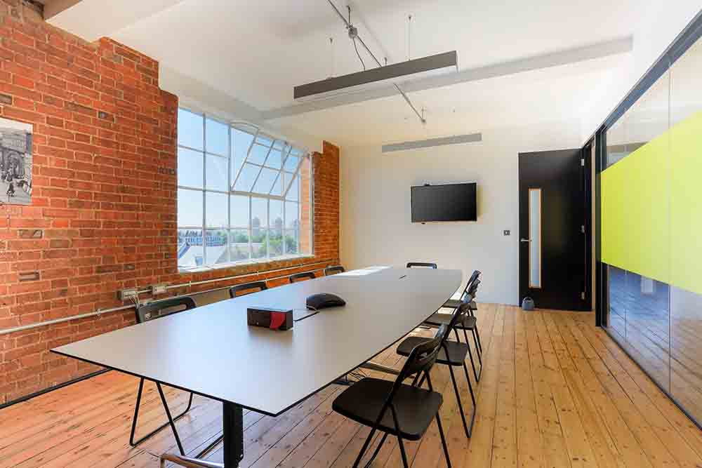 Beauhurst meeting room