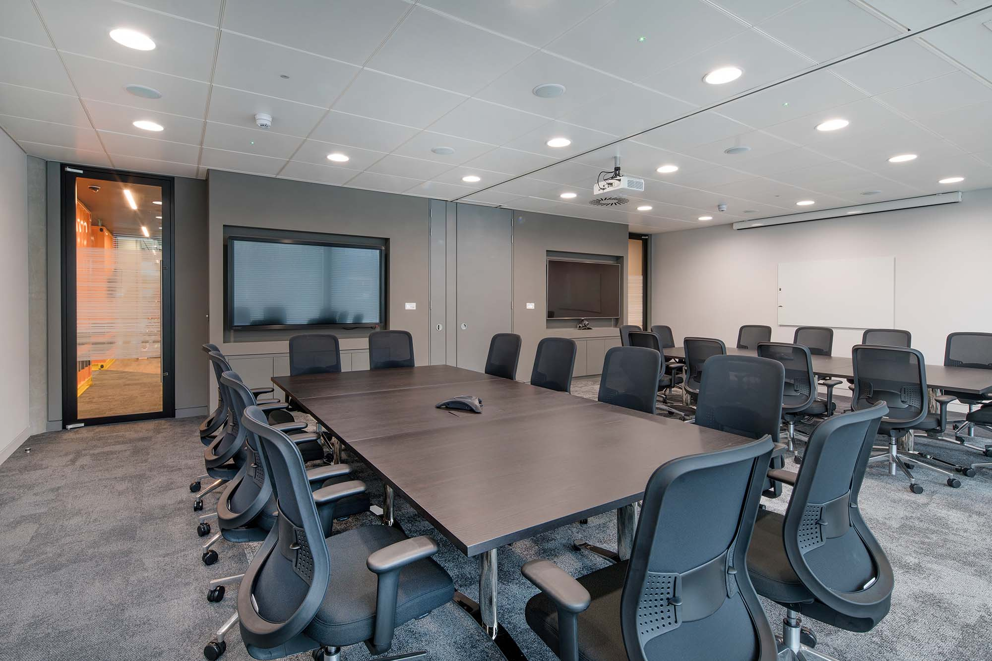 Freightliner Folding Walls Meeting Room