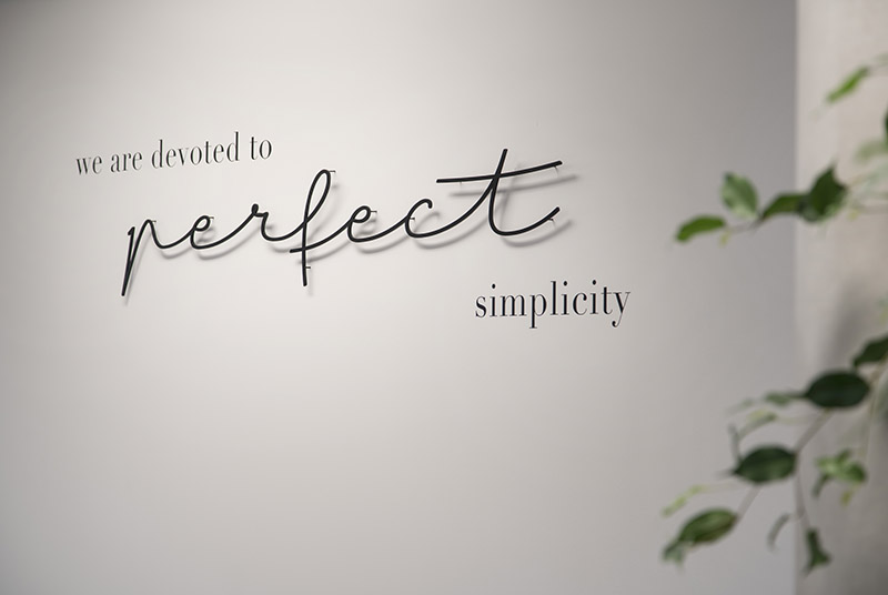 The White Company Perfect Simplicity