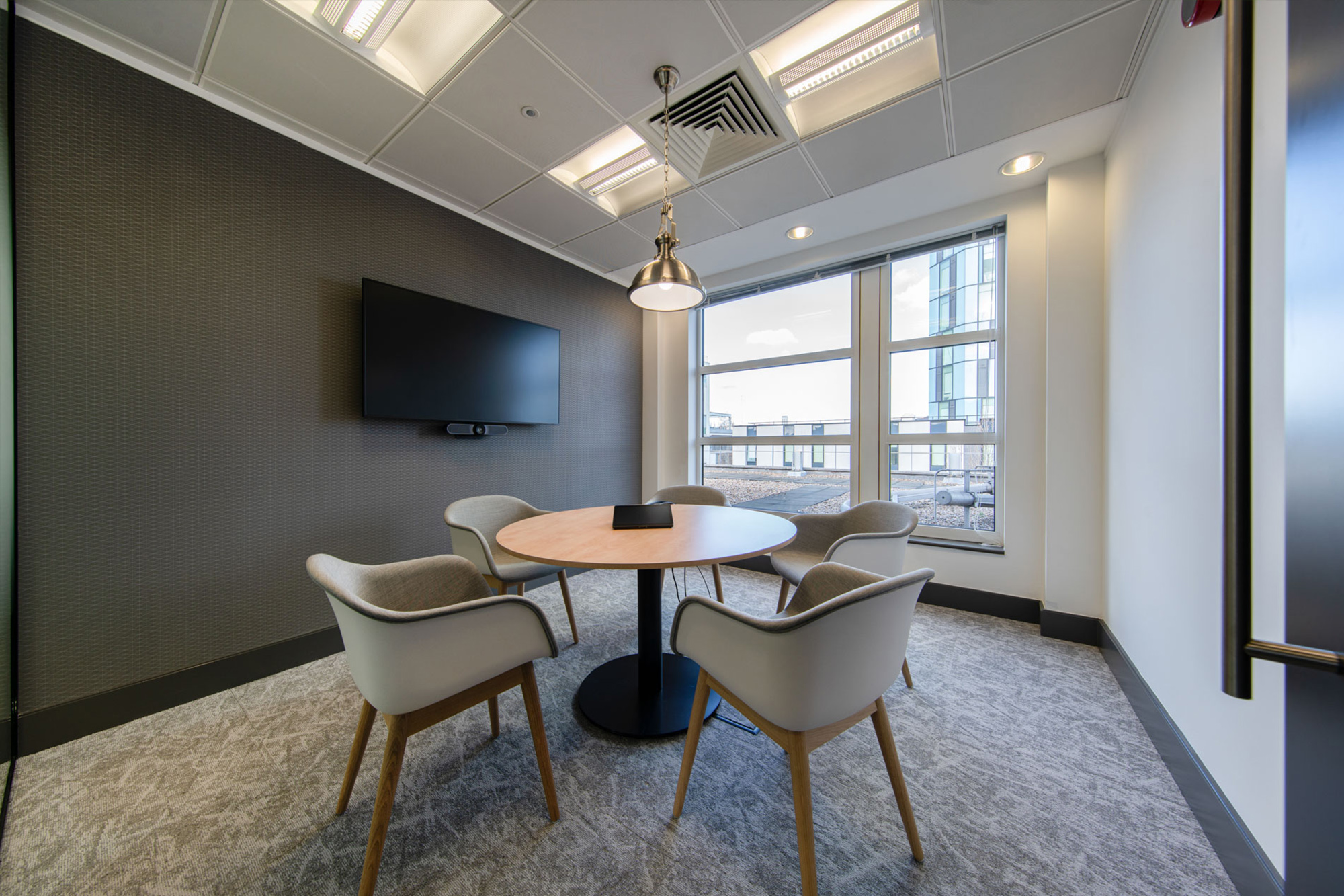 office interior design; cambridge spark; meeting room